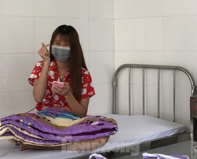Chùm ảnh mới nhất về bệnh nhân COVID-19 đầu tiên và bác sỹ điều trị ở Đắk Lắk ảnh 4