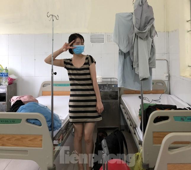 Chùm ảnh mới nhất về bệnh nhân COVID-19 đầu tiên và bác sỹ điều trị ở Đắk Lắk ảnh 6