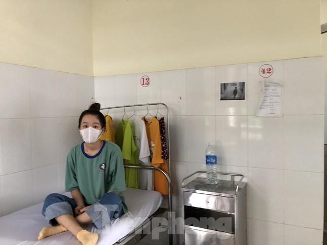 Chùm ảnh mới nhất về bệnh nhân COVID-19 đầu tiên và bác sỹ điều trị ở Đắk Lắk ảnh 7