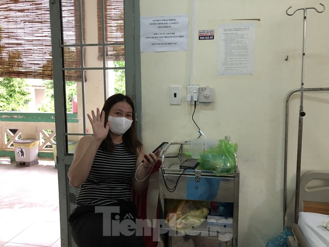Chùm ảnh mới nhất về bệnh nhân COVID-19 đầu tiên và bác sỹ điều trị ở Đắk Lắk ảnh 9
