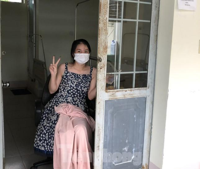 Chùm ảnh mới nhất về bệnh nhân COVID-19 đầu tiên và bác sỹ điều trị ở Đắk Lắk ảnh 10