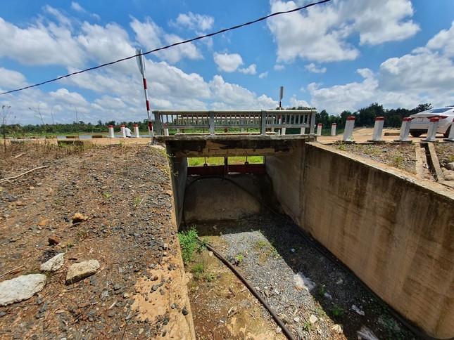 Cận cảnh dự án cải tạo hồ huyện có dấu hiệu lừa dối tỉnh ảnh 1