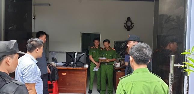 Ngày mai 'trùm' xăng giả Trịnh Sướng hầu toà: Hồ sơ vụ án phải chở bằng xe tải ảnh 3