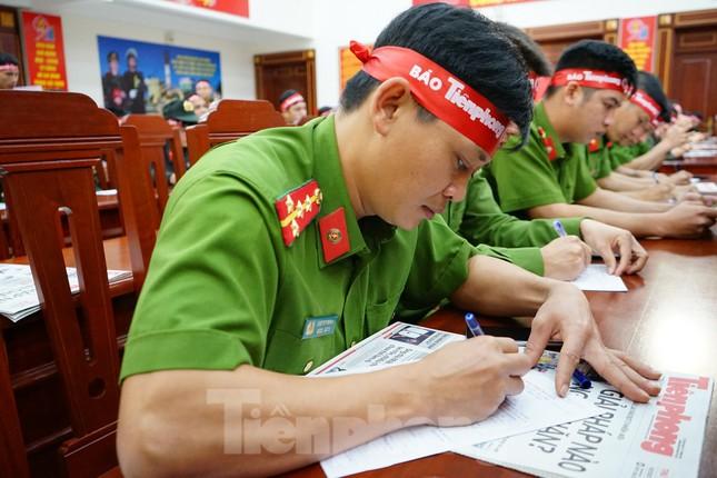 Chủ nhật Đỏ tại Công an tỉnh Đắk Lắk: Nhà tu hành, người dân vào hiến máu ảnh 15