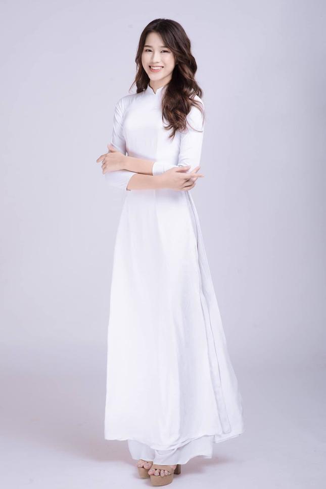 Hoa hậu Đỗ Thị Hà tiết lộ mẫu bạn trai lý tưởng ảnh 4
