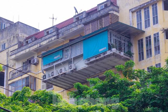 'Chuồng cọp' bao phủ khu chung cư đắc địa Thủ đô ảnh 7