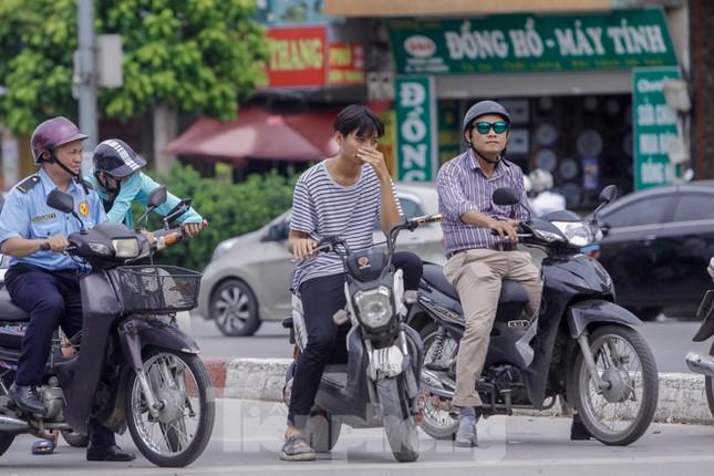 Xe đạp điện phóng như xe máy trên đường phố Hà Nội ảnh 11