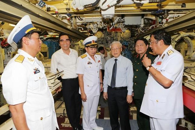 Lữ đoàn Tàu ngầm 189 - lực lượng nòng cốt bảo vệ chủ quyền biển, đảo ảnh 11