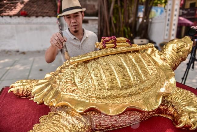 Tận thấy 'cụ rùa Hồ Gươm' khổng lồ được mạ vàng 9999 ảnh 10