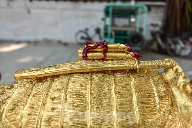 Tận thấy 'cụ rùa Hồ Gươm' khổng lồ được mạ vàng 9999 ảnh 6