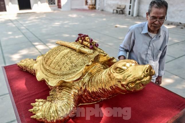 Tận thấy 'cụ rùa Hồ Gươm' khổng lồ được mạ vàng 9999 ảnh 4