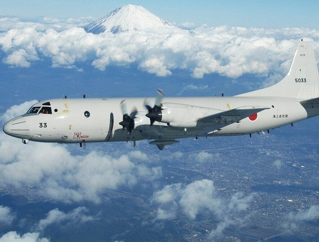 'Sát thủ săn ngầm' hàng đầu thế giới P-3C Orion thăm Việt Nam ảnh 2
