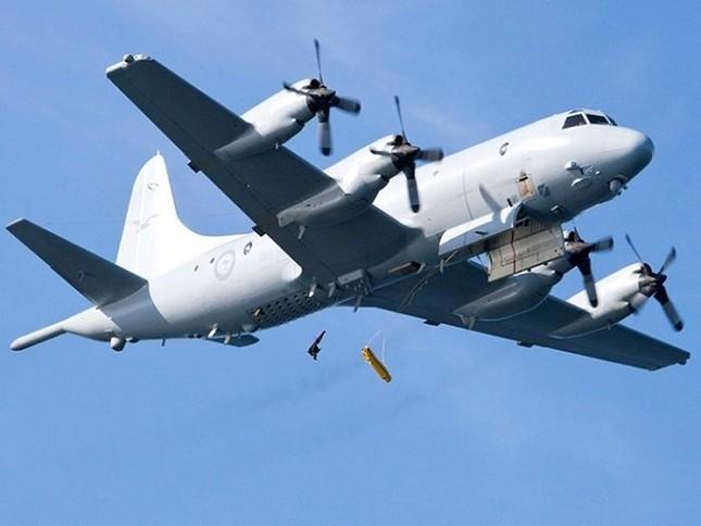 'Sát thủ săn ngầm' hàng đầu thế giới P-3C Orion thăm Việt Nam ảnh 3