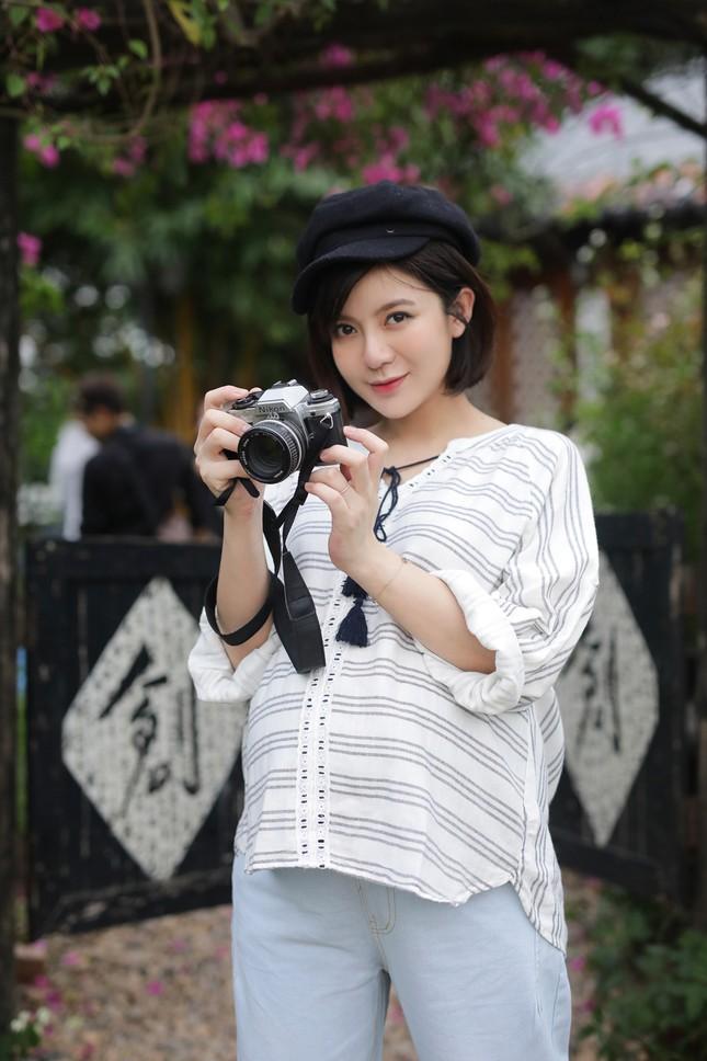 Hot girl Tú Linh M.U không màng showbiz, hài lòng việc làm vợ, làm mẹ ảnh 3