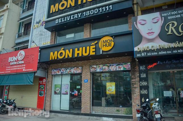 Sau TPHCM, chuỗi cửa hàng Món Huế ở Hà Nội cũng đóng cửa hàng loạt ảnh 12