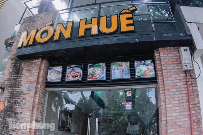 Sau TPHCM, chuỗi cửa hàng Món Huế ở Hà Nội cũng đóng cửa hàng loạt ảnh 1