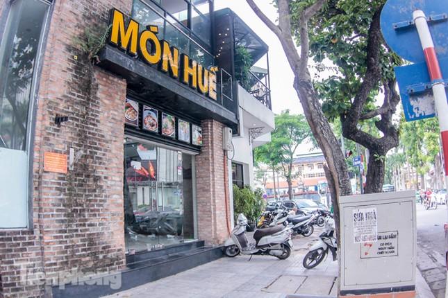 Sau TPHCM, chuỗi cửa hàng Món Huế ở Hà Nội cũng đóng cửa hàng loạt ảnh 2