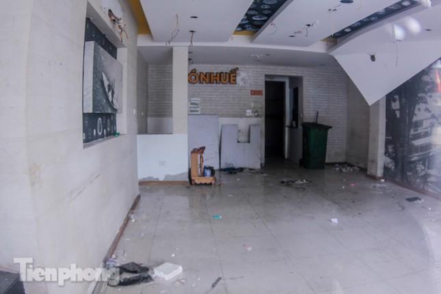 Sau TPHCM, chuỗi cửa hàng Món Huế ở Hà Nội cũng đóng cửa hàng loạt ảnh 3