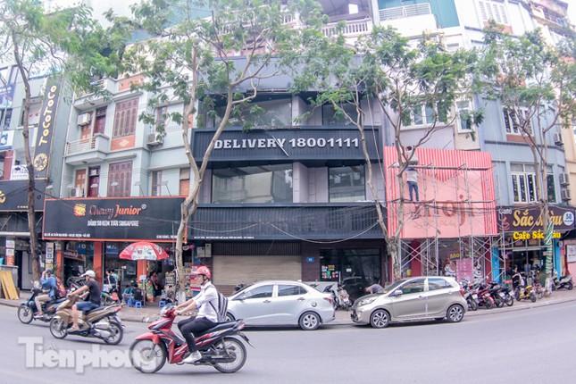 Sau TPHCM, chuỗi cửa hàng Món Huế ở Hà Nội cũng đóng cửa hàng loạt ảnh 4