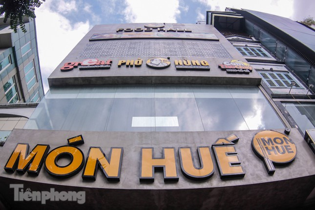 Sau TPHCM, chuỗi cửa hàng Món Huế ở Hà Nội cũng đóng cửa hàng loạt ảnh 6