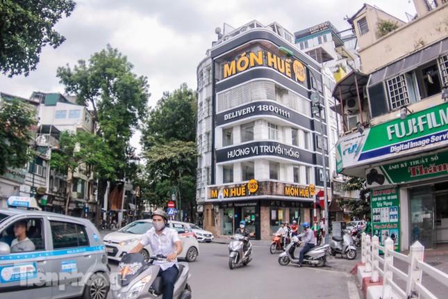 Sau TPHCM, chuỗi cửa hàng Món Huế ở Hà Nội cũng đóng cửa hàng loạt ảnh 8