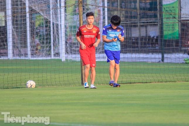 Phan Văn Đức bất ngờ 'trở lại' đội tuyển Việt Nam ảnh 8