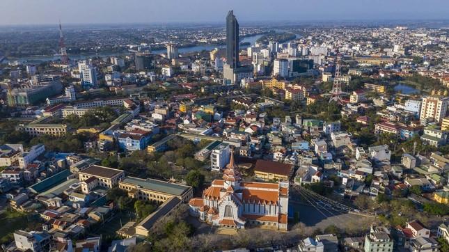 Toàn cảnh hai nhà thờ lớn ở Huế trong dịp Giáng sinh ảnh 15