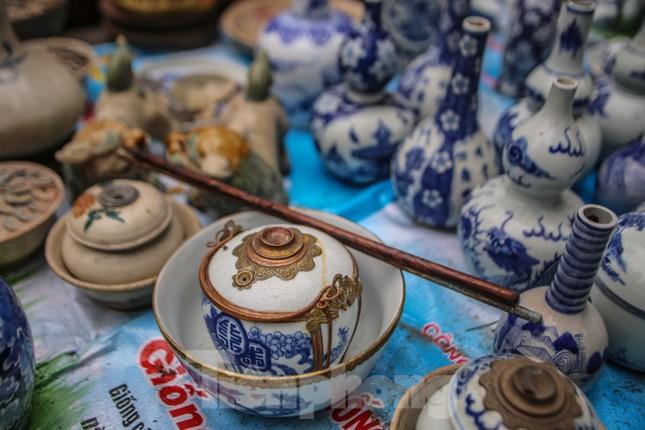 'Thời ông bà anh' ở phiên chợ Tết kỳ lạ đất Hà Thành ảnh 10