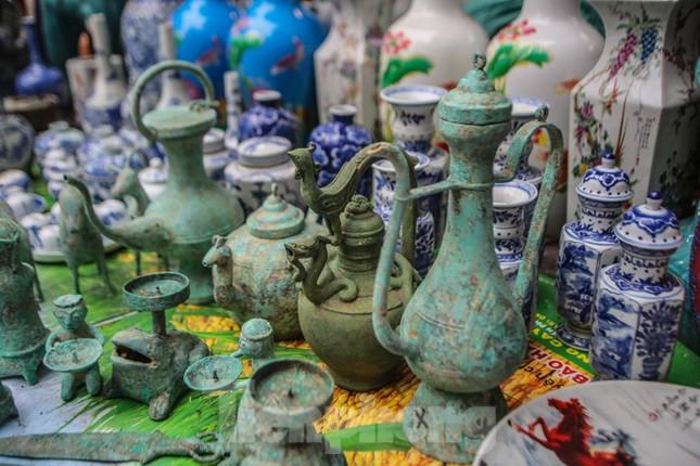 'Thời ông bà anh' ở phiên chợ Tết kỳ lạ đất Hà Thành ảnh 6