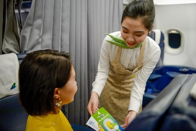 Bamboo Airways tặng 1.000 món quà lì xì tới hành khách đầu năm Canh Tý 2020 ảnh 2