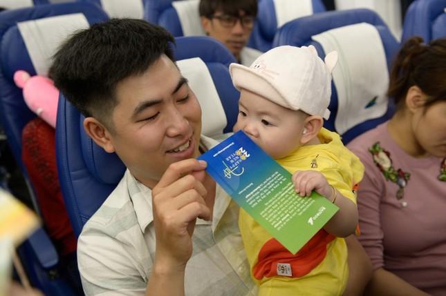 Bamboo Airways tặng 1.000 món quà lì xì tới hành khách đầu năm Canh Tý 2020 ảnh 3