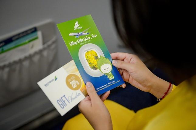 Bamboo Airways tặng 1.000 món quà lì xì tới hành khách đầu năm Canh Tý 2020 ảnh 5