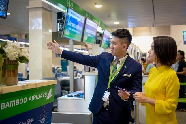 Bamboo Airways tặng 1.000 món quà lì xì tới hành khách đầu năm Canh Tý 2020 ảnh 6