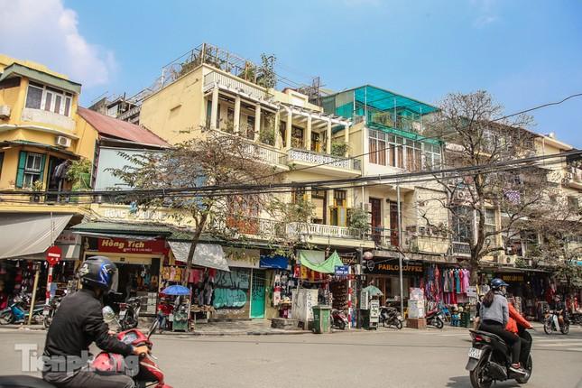 Những tuyến phố đắt đỏ có giá đất cả tỷ đồng/m2 ở Hà Nội ảnh 1