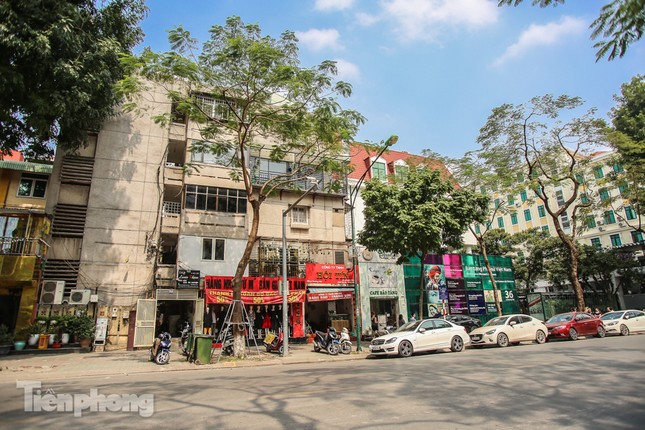 Những tuyến phố đắt đỏ có giá đất cả tỷ đồng/m2 ở Hà Nội ảnh 12