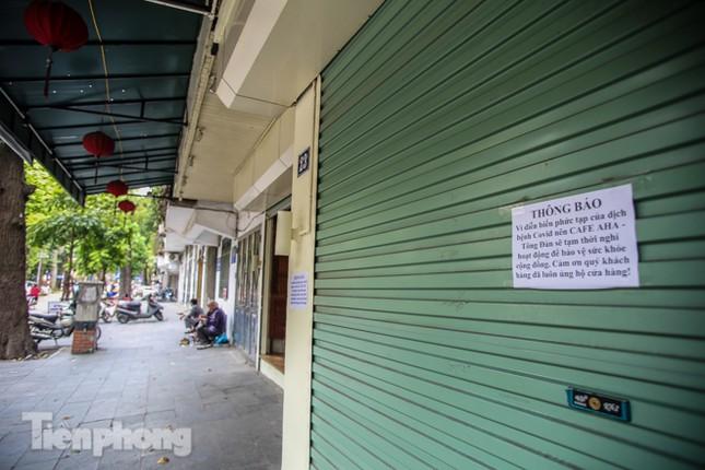 Hàng loạt quán cà phê đất 'vàng' Hà Nội tạm thời đóng cửa ảnh 7