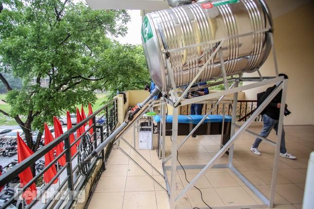 Cây 'ATM gạo' miễn phí cho người nghèo đầu tiên tại Hà Nội ảnh 2