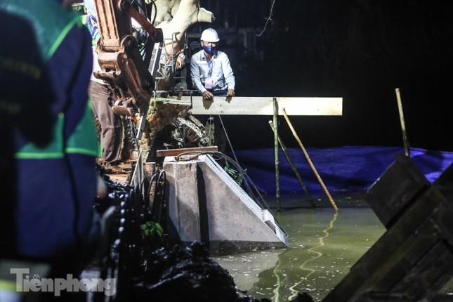 Bí thư Thành ủy Hà Nội gắn biển công trình cải tạo, chỉnh trang hồ Hoàn Kiếm ảnh 3