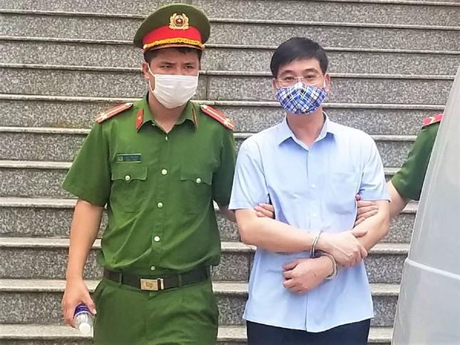 Gian lận điểm thi ở Hòa Bình, cựu Trưởng phòng An ninh nhận 6 năm tù ảnh 3