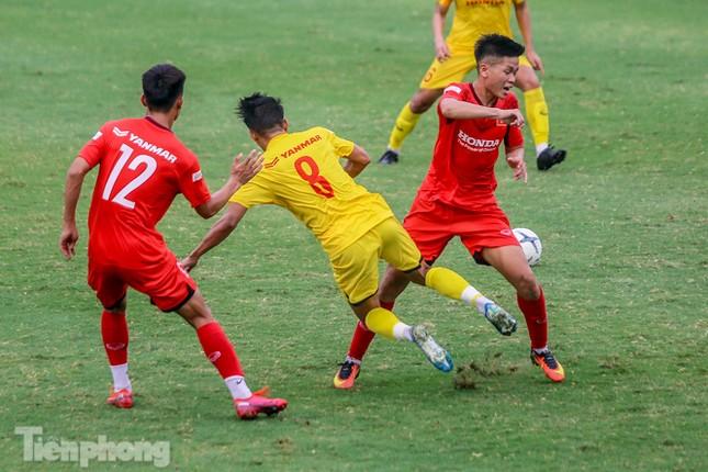 Lấy điểm với thầy Park, U22 Việt Nam đấu tập mà như đánh trận ảnh 10