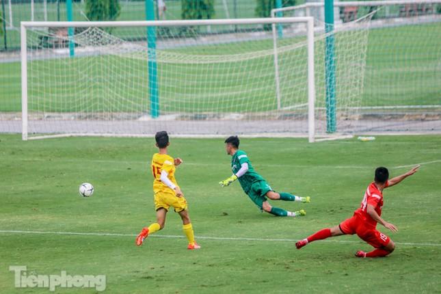 Lấy điểm với thầy Park, U22 Việt Nam đấu tập mà như đánh trận ảnh 11