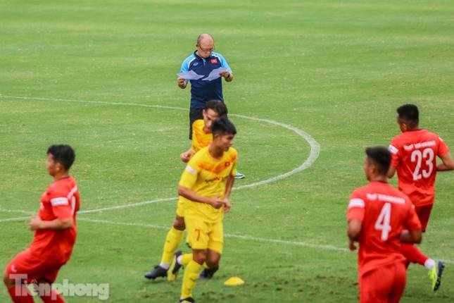 Lấy điểm với thầy Park, U22 Việt Nam đấu tập mà như đánh trận ảnh 1