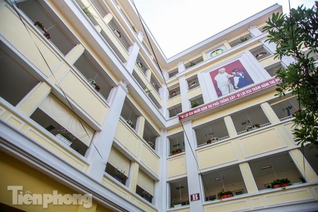 Gắn biển công trình tiểu học, vườn hoa hiện đại bậc nhất Thủ đô ảnh 5