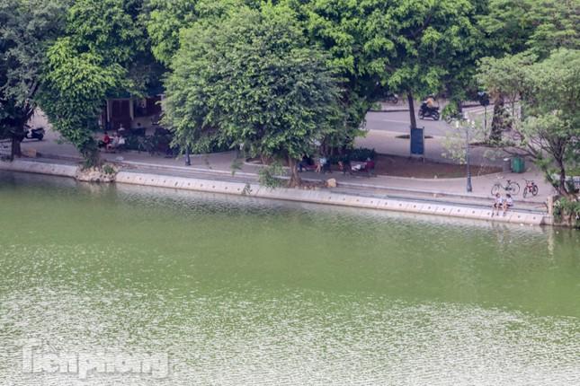 Bí thư Thành ủy Hà Nội gắn biển công trình cải tạo, chỉnh trang hồ Hoàn Kiếm ảnh 14