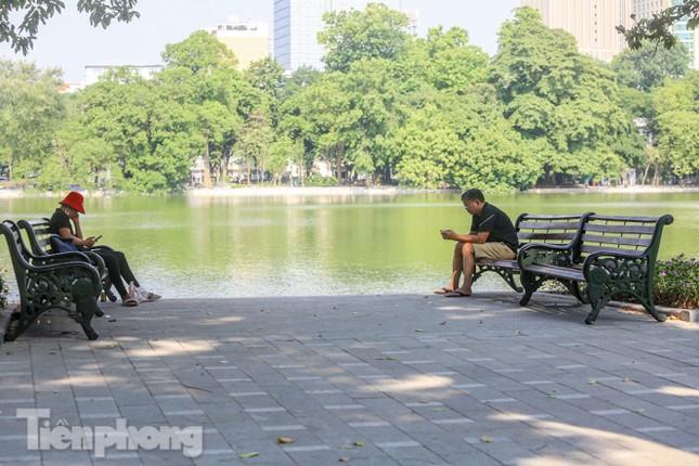 Diện mạo Hồ Gươm thay đổi ra sao trước ngày 'về đích'? ảnh 10