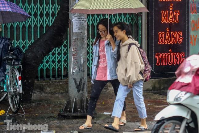 Mức phạt tăng 'tiền triệu', người dân Thủ đô vẫn thờ ơ với khẩu trang khi ra đường ảnh 7