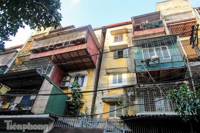 Nghịch lý tại những khu chung cư nguy hiểm bậc nhất Thủ đô ảnh 6
