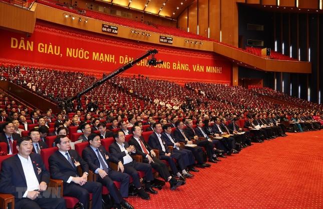 Cận cảnh phiên thảo luận các văn kiện Đại hội XIII của Đảng ảnh 13