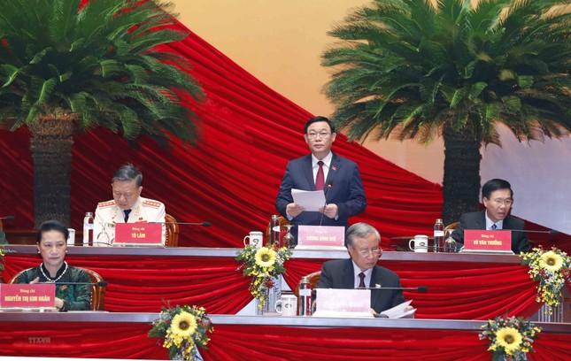 Cận cảnh phiên thảo luận các văn kiện Đại hội XIII của Đảng ảnh 1