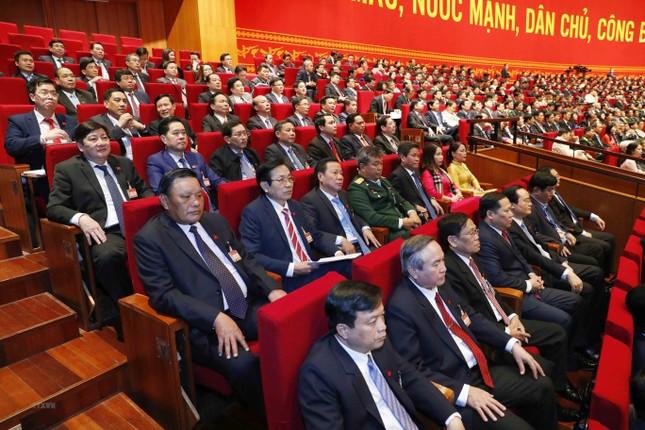 Cận cảnh phiên thảo luận các văn kiện Đại hội XIII của Đảng ảnh 24